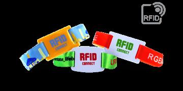 PDC Smart®-Stoff-Armbänder mit einem RFID-Chip im PVC-Schieber