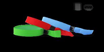 Vorrätige Stoff-Armbänder mit flachem Kunststoffverschluss, Berlin